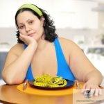 Thiếu estrogen sau mãn kinh liên quan đến béo phì